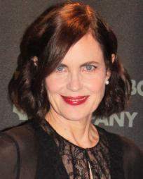 Elizabeth McGovern Headshot