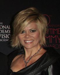 Leslie Miller Headshot