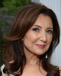 Donna Murphy Headshot