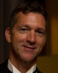Lee Myers Headshot