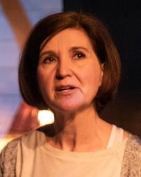 Laura Richards Headshot