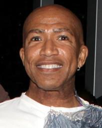 Mark Cassius Headshot