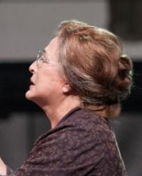 Patricia Schuman Headshot