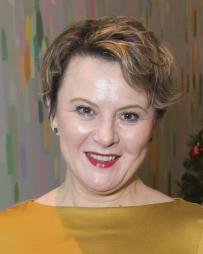 Monica Dolan Headshot
