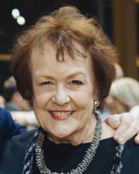 Pamela Dunlap Headshot