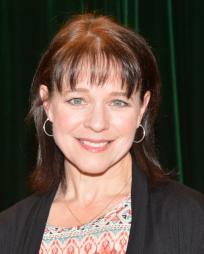 Kim Crosby Headshot