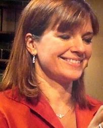 Susan Diol Headshot