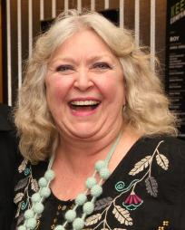 Catherine Byers Headshot