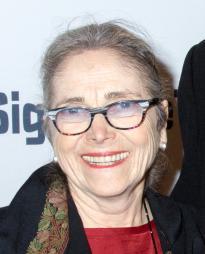 Judith Mihalyi Headshot