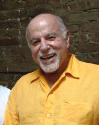 Peter Goldfarb Headshot