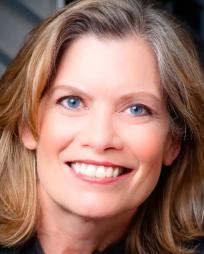 Anne Lange Headshot