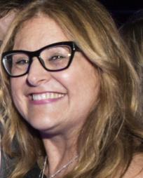 Liz Caplan Headshot
