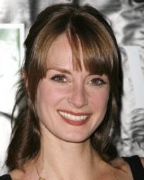 Michelle Federer Headshot