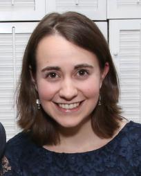 Madeline Smith Headshot