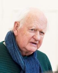 Oliver Ford Davies Headshot