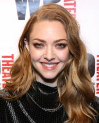 Amanda Seyfried Headshot
