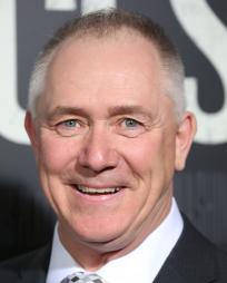 Dale Wells Headshot