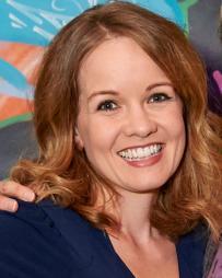 Becky Gulsvig Headshot