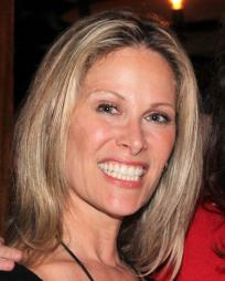 Jodi Stevens Headshot