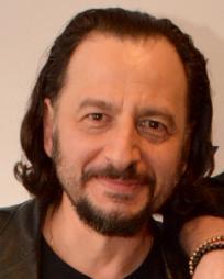 Louis Tucci Headshot