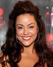 Katy Mixon Headshot