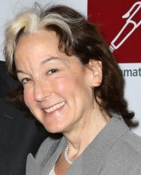 Peggy Eisenhauer Headshot