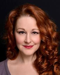 Rebecca Robbins Headshot