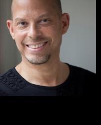 Mark Allan Davis Headshot