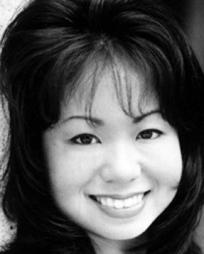 Christine Yasunaga Headshot