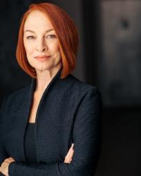 Anne Kanengeiser Headshot