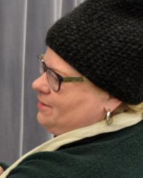 Suzy Benzinger Headshot