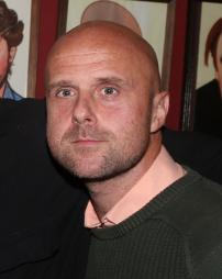 Jonathan Glew Headshot