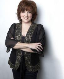 Julie Johnson Headshot