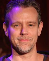 Adam Pascal Headshot