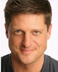 Christopher Sieber Headshot