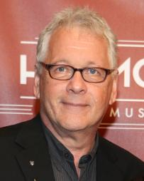 Bruce Sussman Headshot