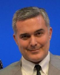 Peter Davenport Headshot