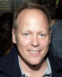 Matthew Weaver Headshot