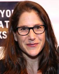 Anne Kauffman Headshot