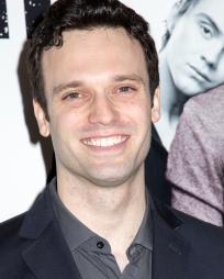 Jake Epstein Headshot
