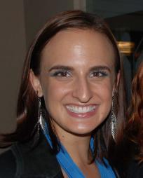 Lisa Karlin Headshot