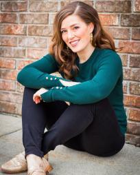 Megan Helmers Headshot