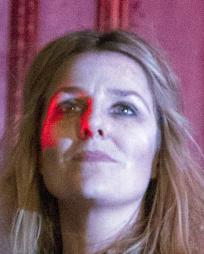 Suzanne Robertson Headshot