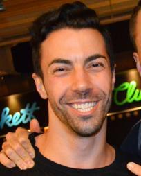 Matthew Ryan Headshot