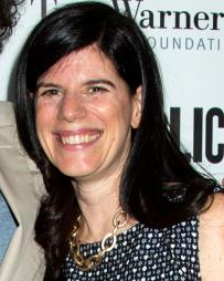 Mandy Hackett Headshot