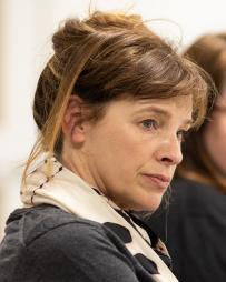 Lucinda Coxon Headshot