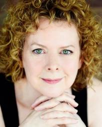 Katherine Leask Headshot