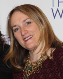Julie Kramer Headshot
