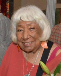 Gloria Miguel Headshot