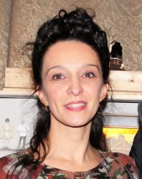 Cristina Spina Headshot
